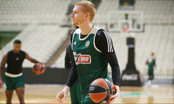 Ουάιτ: «Να συνεχίσουμε να παίζουμε καλό μπάσκετ μετά το Μιλάνο»