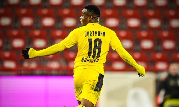 Bundesliga: Έγραψε ιστορία ο Μουκόκο, έχασε η Ντόρτμουντ! (Videos)