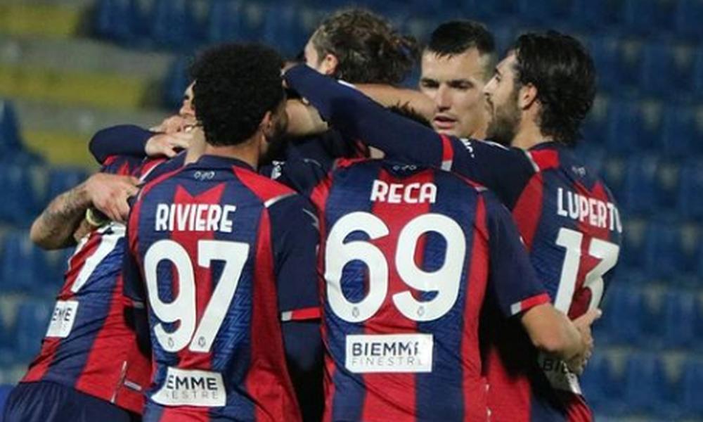 Serie A: Η Κροτόνε λύγισε την Πάρμα και πήρε ανάσα! (video+photos)