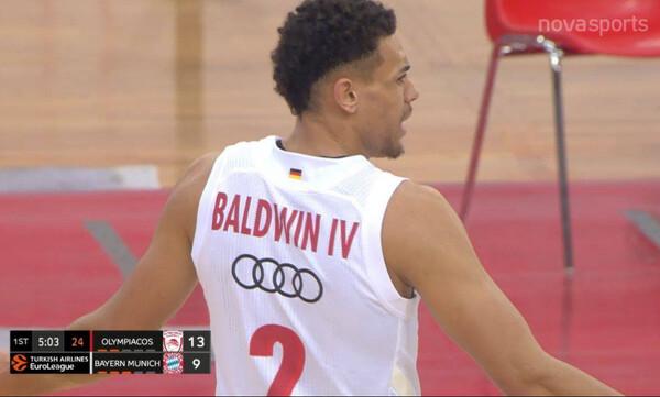 Ολυμπιακός - Μπάγερν Μονάχου: Ένταση με Μπόλντγουϊν και τεχνική ποινή (video)