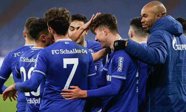 Bundesliga: Θρίαμβος για Σάλκε έπειτα από έναν χρόνο! (videos+photos)