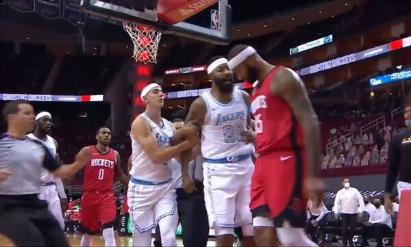 NBA: Χαμός στο Ρόκετς-Λέικερς - Πιάστηκαν στα χέρια παίκτες (photos+video)