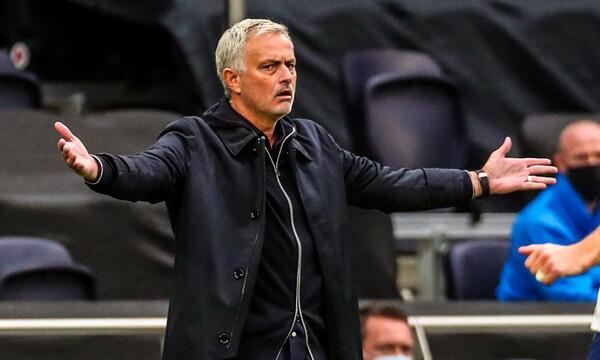 Μουρίνιο: Έξαλλος με τον προπονητή της Φούλαμ - «Θα πρέπει ν' απολογηθεί…»