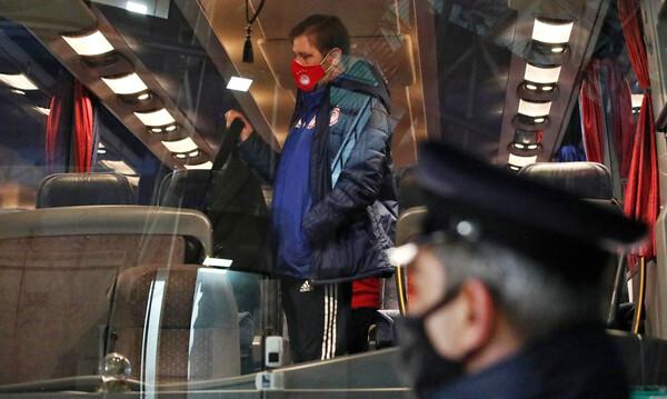 ΠΑΟΚ-Ολυμπιακός: Οι τελευταίες οδηγίες του Μαρτίνς στα αποδυτήρια της Τούμπας (photos)