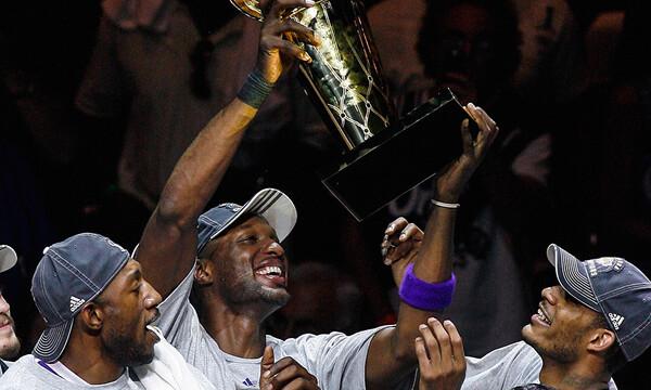 Πρωταθλητής του ΝΒΑ επιβίωσε από 12 εγκεφαλικά και 6 ανακοπές και γίνεται επαγγελματίας μποξέρ!