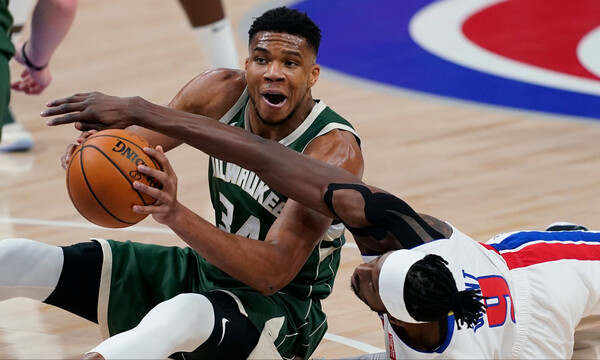 NBA: Άνετα οι Μπακς - Triple Double από Γιάννη (photos+video)
