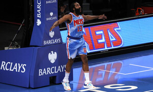 NBA: Λάμψη Χάρντεν στο ντεμπούτο του (video+photos)