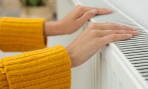 Παγωμένα δάχτυλα: Ποιες παθήσεις υποδεικνύει το σύμπτωμα (εικόνες)