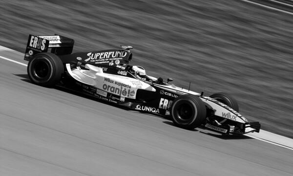 Θρήνος στη Formula 1 - Πέθανε θρυλικός πιλότος (photos+video)