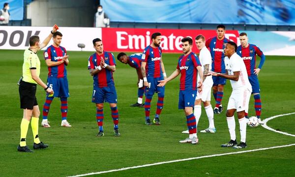 La Liga: Πατατράκ για Ρεάλ Μαδρίτης, έχασε απ' τη Λεβάντε! (Video+Photos)