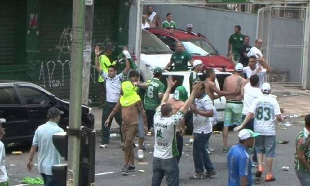 Τελικός Copa Libertadores: Νεκρός οπαδός στα επεισόδια (photos+video)