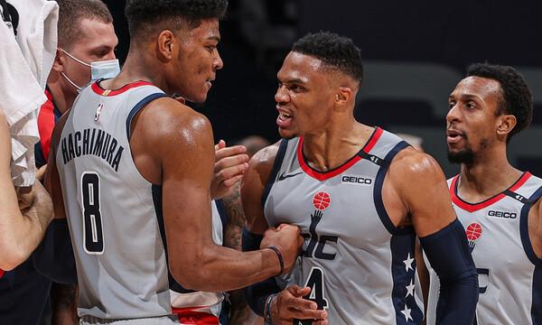 NBA: Τρομερές ανατροπές από Ουίζαρντς και Σίξερς (videos)