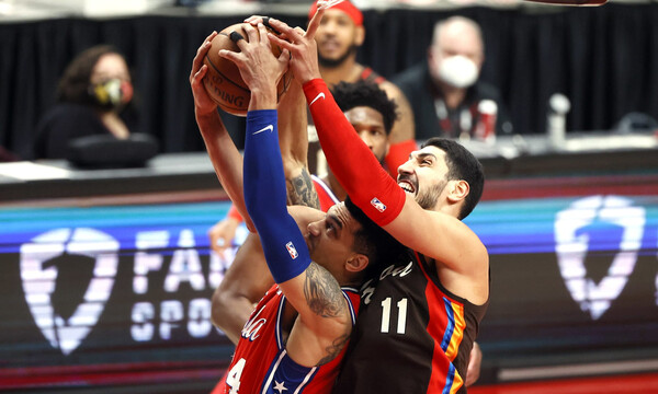 NBA: Μάτωσε... από συμπαίκτη ο Καντέρ (photos+video)