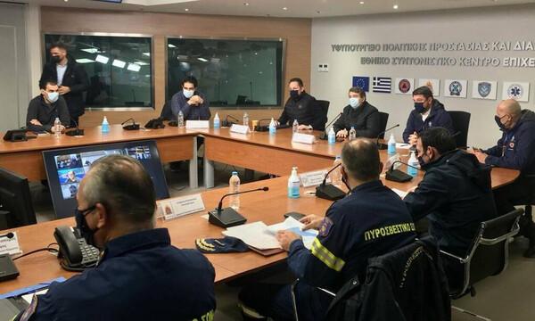 Κακοκαιρία «Μήδεια»: Απαγόρευση κυκλοφορίας στα φορτηγά – Τι αποφασίστηκε στη σύσκεψη