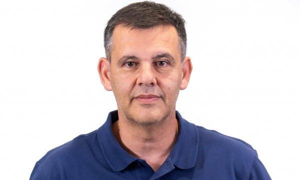 Ελευθεριάδης: «Δυνατή ομάδα με σκληρή άμυνα η Βοσνία»