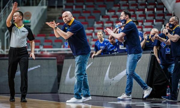 Βοσνία: Ο Μπόσνιτς απένειμε τα εύσημα στους παίκτες του