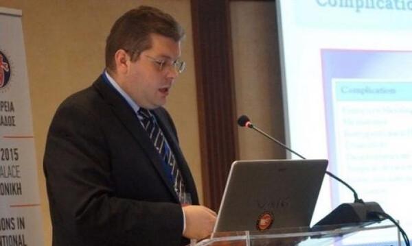 Στο πλευρό του Παπανικολάου στις εκλογές της ΕΟΚ ο Δημήτρης Κυριακόπουλος