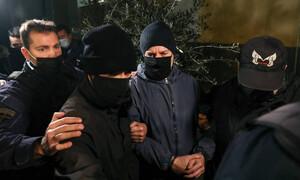 Δημήτρης Λιγνάδης: Οδηγείται στις φυλακές Τρίπολης μετά την απόφαση για προφυλάκιση