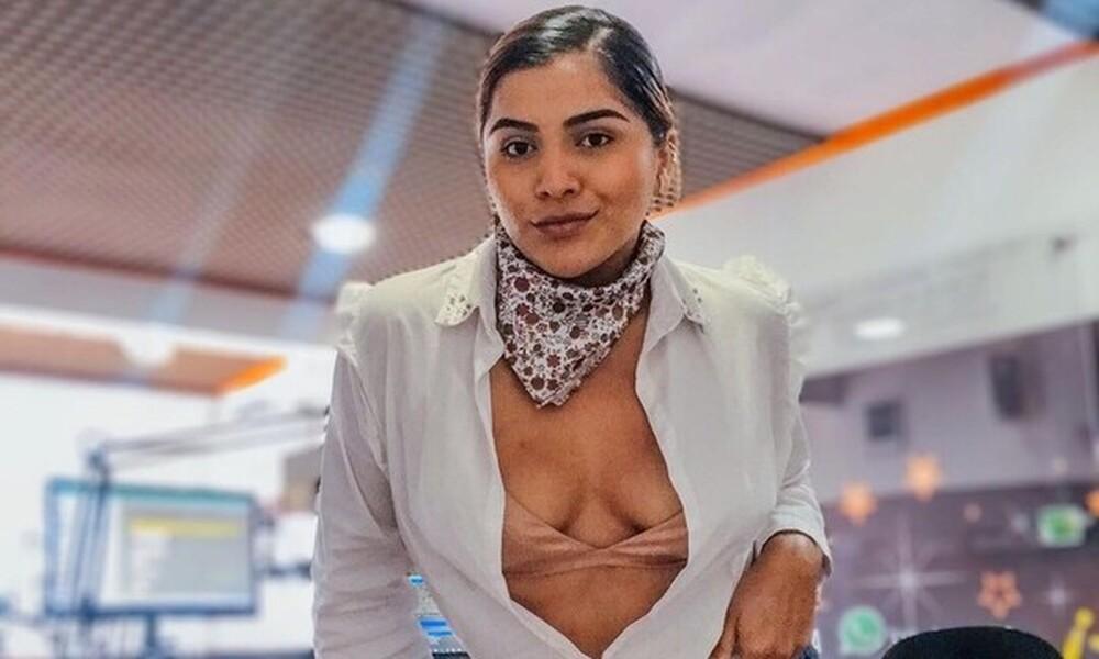 Κολομβιανή ραδιοφωνική παραγωγός πόζαρε γυμνή για χάρη του αγαπημένου της ποδοσφαιριστή