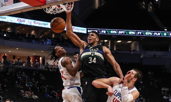 NBA: Ασταμάτητος Αντετοκούνμπο οδήγησε τους Μπακς και «πάτησε» τους Κλίπερς (videos)
