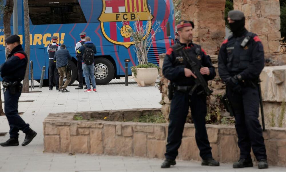 Μπαρτσελόνα: «Ντου» της Αστυνομίας στο «Καμπ Νου» (photos)
