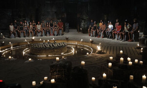 Survivor: Μπαίνει και προκαλεί πάταγο - Έλληνας παρουσιαστής φεύγει για Άγιο Δομίνικο (photos+video)