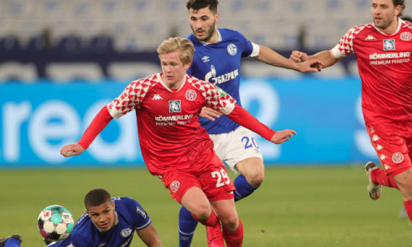Bundesliga: Δεν πανηγύρισε ο Γραμμόζης στο ντεμπούτο του με την Σάλκε