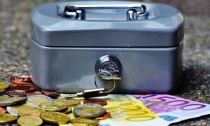 Βρέχει λεφτά την επόμενη εβδομάδα - Ποιοι θα δουν χρήματα στους λογαριασμούς τους