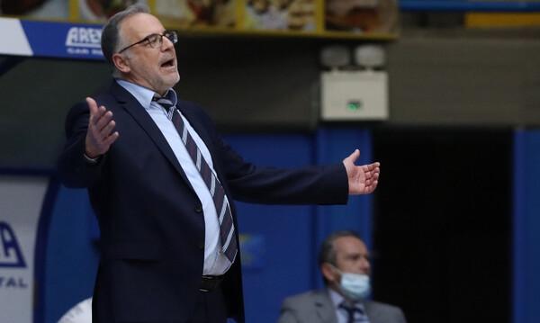 Σκουρτόπουλος: «Η ομάδα είναι σε κίνδυνο»
