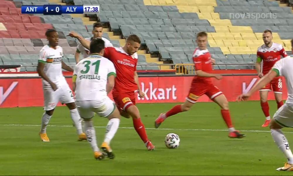 Κύπελλο Τουρκίας: Ο Ποντόλσκι πλήγωσε τον Τζαβέλλα! (video)