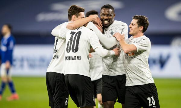 Bundesliga: Η Γκλάντμπαχ ξέσπασε στην καταδικασμένη Σάλκε (video)