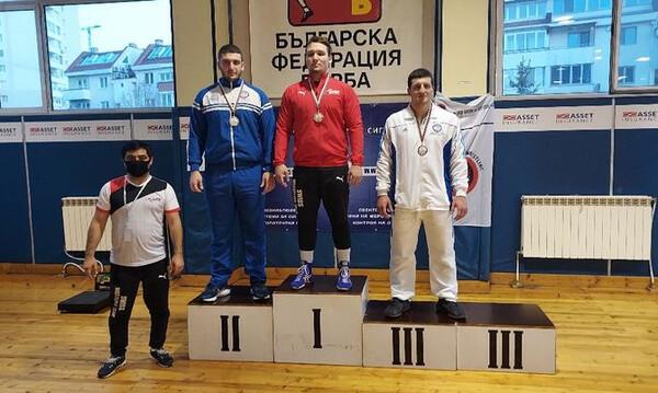 Πάλη: Χρυσός ο Παγκαλίδης, 5 ελληνικά μετάλλια στη Βουλγαρία