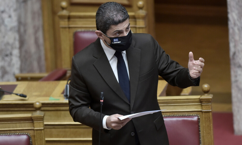 Βουλή: Κόντρα Αυγενάκη με ΣΥΡΙΖΑ και ΚΚΕ για τις εκλογές στην ΕΠΟ