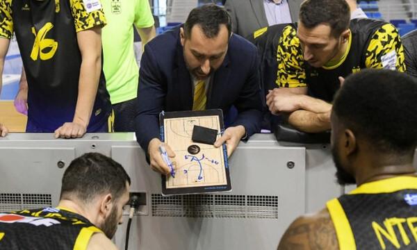 Καμπερίδης: «Ας κρίνουν τους διαιτητές όσοι είδαν το παιχνίδι»