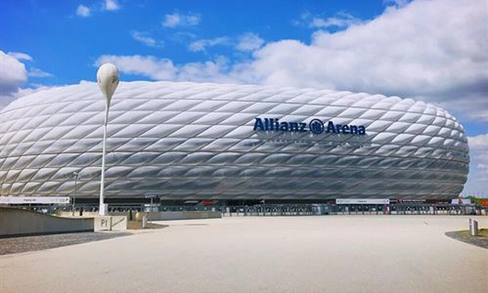 Champions League: Απίστευτες καταστάσεις - Το... έστρωσε στο Μόναχο (photos)