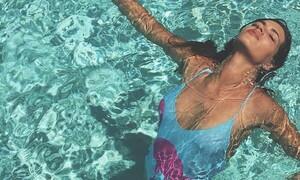 Με ή χωρίς Ίκερ Κασίγιας, η Σάρα Καρμπονέρο παραμένει κούκλα… (pics)