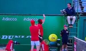 Monte Carlo Masters: Έξαλλος ο Τσιτσιπάς - Απίστευτη επίθεση στο διαιτητή (video)