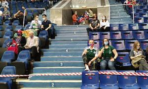 ΤΣΣΚΑ-Παναθηναϊκός: Φίλαθλοι του Τριφυλλιού και πράσινη σημαία στην εξέδρα (video+photos)