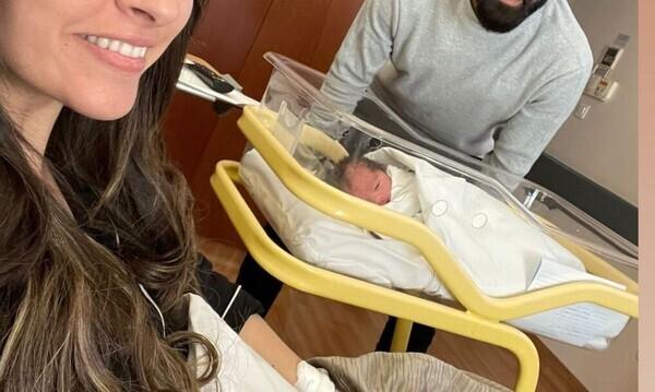 Έλληνας ποδοσφαιριστής έγινε μπαμπάς για δεύτερη φορά και δεν το πήρε κανείς χαμπάρι (pics)