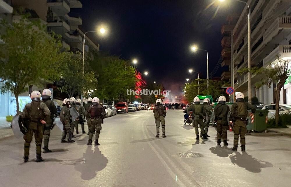 ΠΑΟΚ: Μηχανοκίνητη πορεία οπαδών - Ένταση με αστυνομικές δυνάμεις (photos+video)