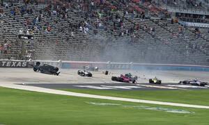 Απίστευτο ατύχημα σε αγώνα Indycar στο Τέξας με επτά αυτοκίνητα (photos+video)