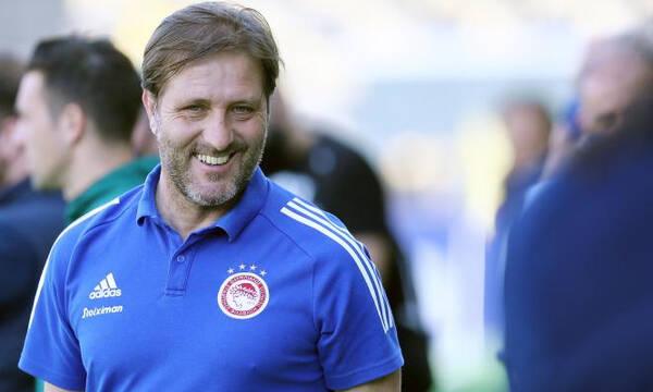 Μαρτίνς: «Mπορούσαμε να κερδίσουμε, μας έχει κερδίσει ο Καλογερόπουλος»
