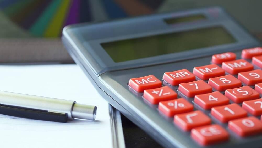 Φορολογικές δηλώσεις: Αυτές είναι οι αλλαγές σε τεκμήρια, e-αποδείξεις, ανείσπρακτα ενοίκια