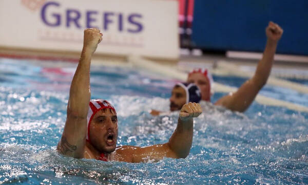 Πόλο: Ένα βήμα από το 9ο σερί πρωτάθλημα ο Ολυμπιακός (video)