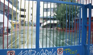 Κορονοϊός: Επικίνδυνη εξέλιξη! Κλείνουν συνεχώς σχολεία και τμήματα λόγω κρουσμάτων