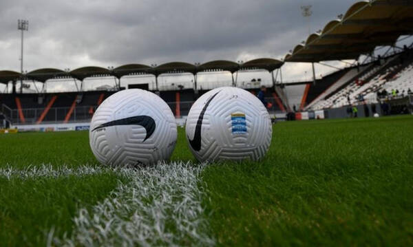 Super League 1: Αυλαία στα πλέι άουτ