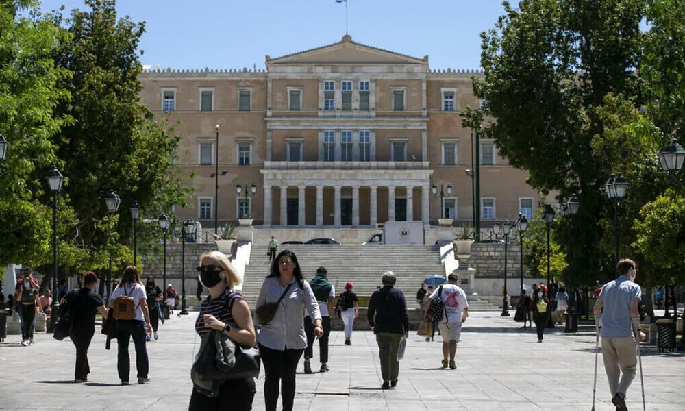 Κρούσματα σήμερα: Στην Αττική οι 613 μολύνσεις, ανησυχία για Θεσσαλονίκη, Αιτωλοακαρνανία