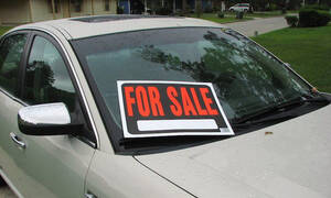 Πούλησε το αυτοκίνητο, αλλά δε θα πιστεύεις τι ξέχασε μέσα (photos)