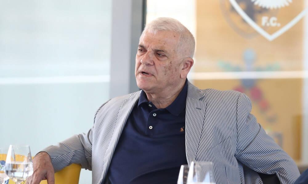 Μελισσανίδης: Η ατάκα για Ολυμπιακό, το... παλτό του αιώνα και τα μπακ «πεπόνια» (photos)