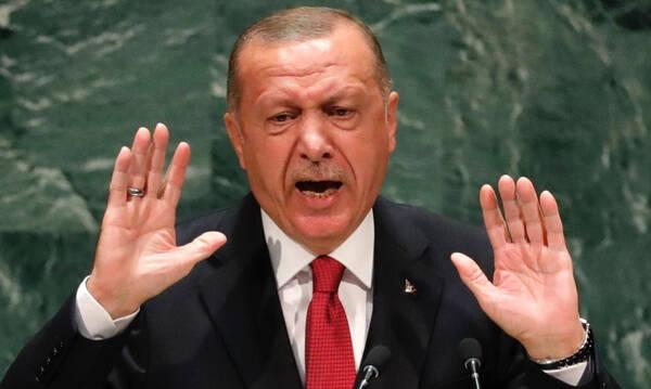 Βλέπει «φαντάσματα» ο Ερντογάν - «Πολιτική απόφαση η αλλαγή έδρας του τελικού του Champions League»